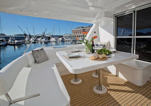 Cayman Luxury Charters - La Vida 5